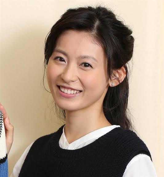 9月8日が34歳の誕生日の本仮屋ユイカちゃんに似合いそうなコスプレって何だと思われますか?