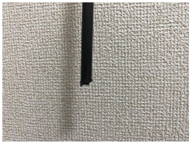ルアーロッドの並継の仕組みについて エメラルダスのインターラインロッドを使っているのですが、 穂先パーツの並継部分が破損しました。 この部分を2cmほど削って断面内部にsicリングを入れ込んで接...