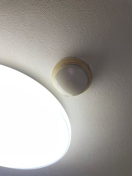 リビングの天井に付いている物について質問です。 鍋や焼き肉をやりたいのですが、 大丈夫でしょうか?