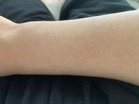 腕の毛毛深いですか?気持ち悪いですか?