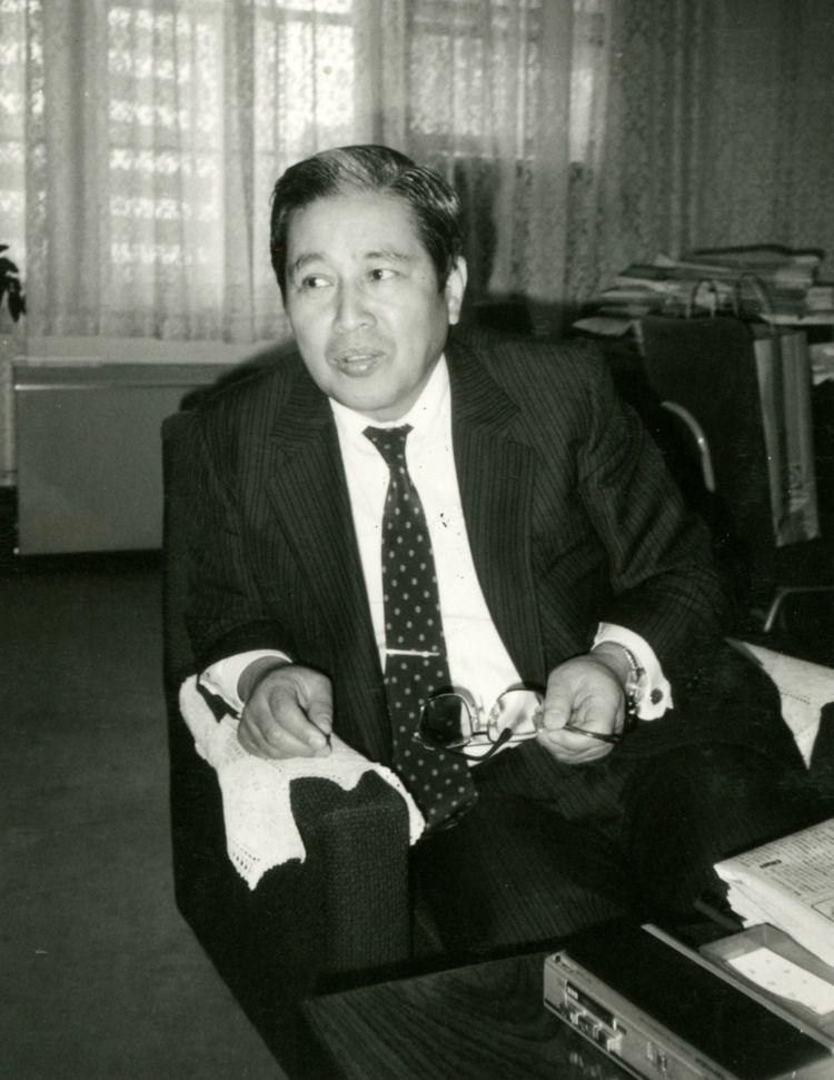 リクルート事件の収賄罪で有罪が確定した元文部事務次官の高石邦男さんは、地元九州では偉人の一人となっているのですか?