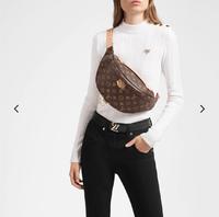 ルイヴィトンのバムバッグは人気なのでしょうか?また、持っている方いましたら使用感教えてください!!
