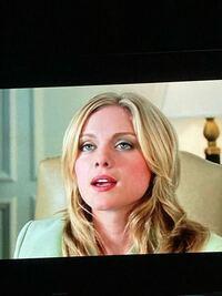 アマプラで007カジノロワイヤル観てるのですが、ホテルの受付嬢がめちゃくちゃ綺麗っす。 なんでボンドに抱かれなかったんだろう。