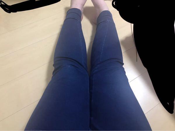 これってO脚ですか? それとも太ももが太すぎてふくらはぎがつかないだけですか?