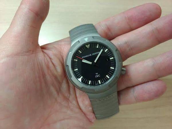 腕時計の好きなデザインは私にとってはポルシェデザインなんですがこのようなデザインが他メーカーで少ないのは何故なんですか? 皆さんはこのようなデザインは嫌いですか?