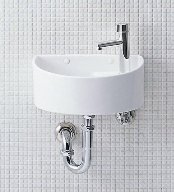 トイレの手洗い器についてですが、現在手洗い一体型のごく普通のトイレなのですが、トイレ内に別で画像のような手洗い器が欲しいと思っています。スペースが狭いので、カウンターや収納は要らず、手洗い器のみを取り 付けたいのですが、現在何もない壁面に取り付ける事は簡単に安価に出来るのでしょうか?給排水はどのようになるのでしょうか。