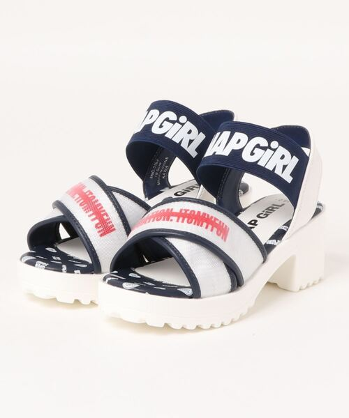 この靴は男子でも似合いますか? ちなみに履くのは20代です