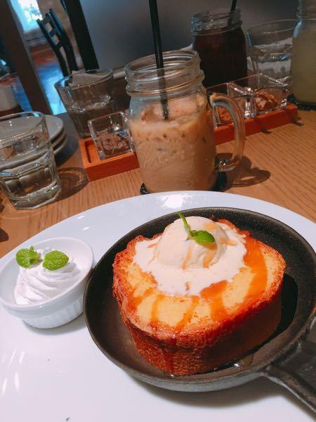 多分鎌倉なんですが、この店の名前教えてください。 おそらくカフェです。