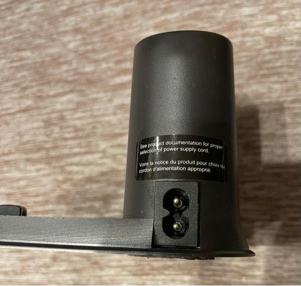 ルンバ629の充電コードが無くなったので購入したいのですが、ルンバ専用じゃなくてもAmazonで売っているようなメガネ型のコードなら何でも合いますか?