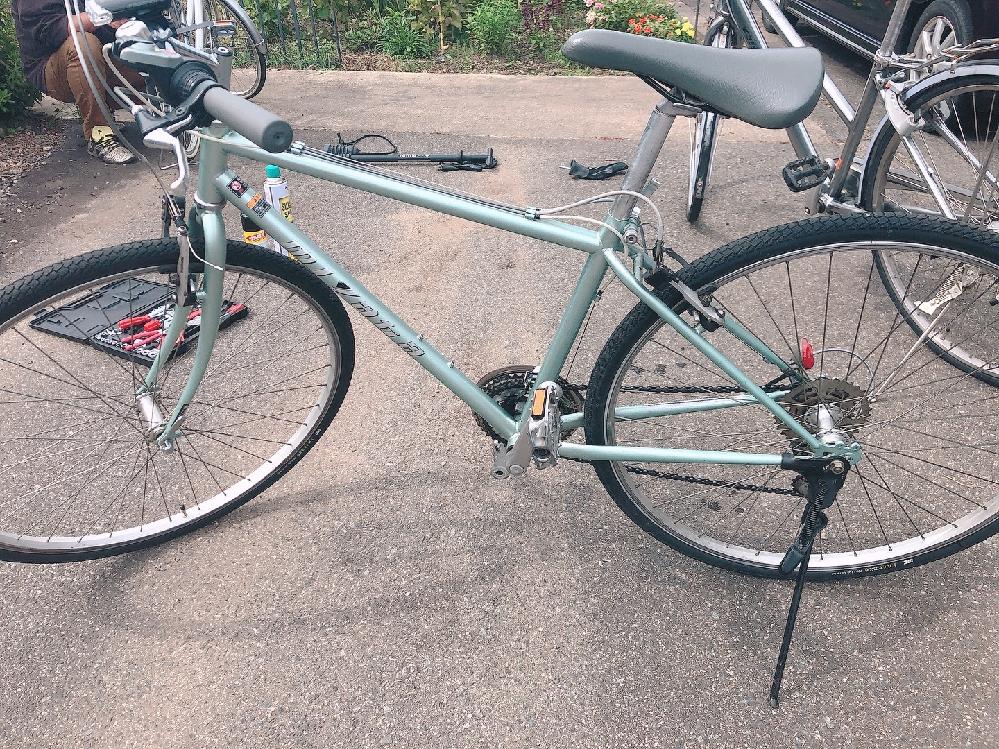 このクロスバイクの型番などの情報が分かる方教えてください