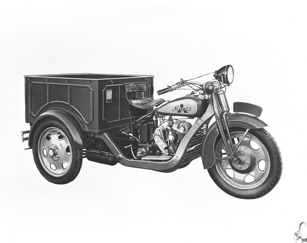 何故日産はこう言う三輪トラックやバイク作れないんですか?マツダもダイハツも三菱も作ってるのに