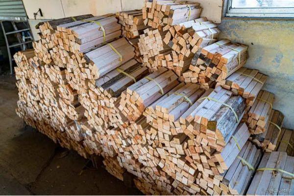 この薪は針葉樹か広葉樹どちらのものになりますか?