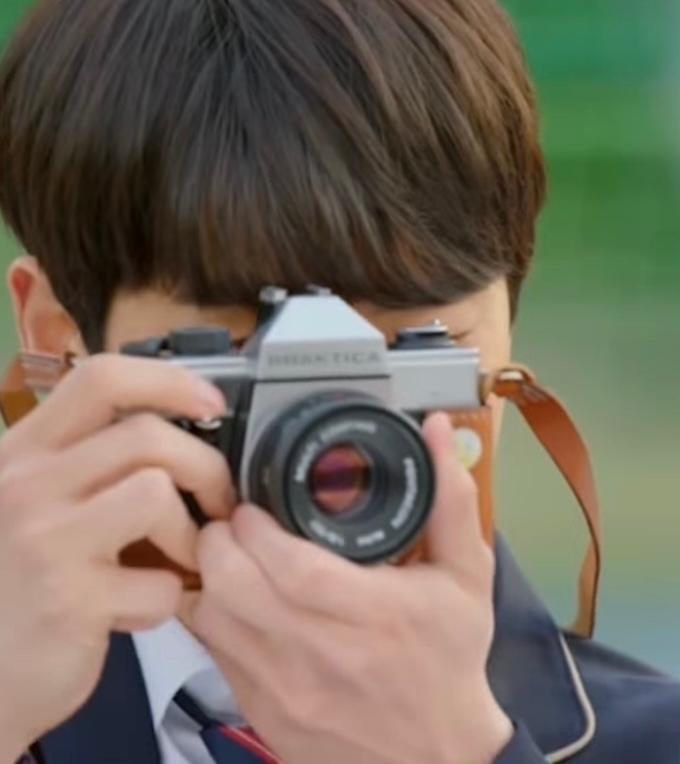 このカメラなんて言うカメラか教えてください!