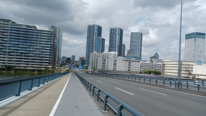 お前等は大都会は東京のみだと思いますか。 私は大都会は東京のみだと思います。