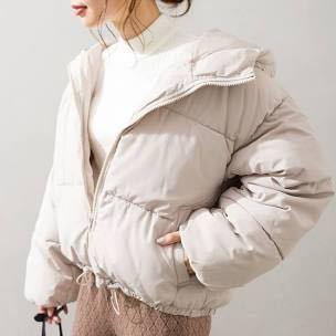 ダウンジャケットはどの時期らへんで着ればいいと思いますか? こんな感じのダウンジャケットです!
