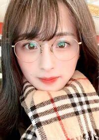 男性に質問。 丸メガネを掛けているアパレルブランド「philme」を運営するhio株式会社の事業主、大園桃子さんが可愛いと思いますか?