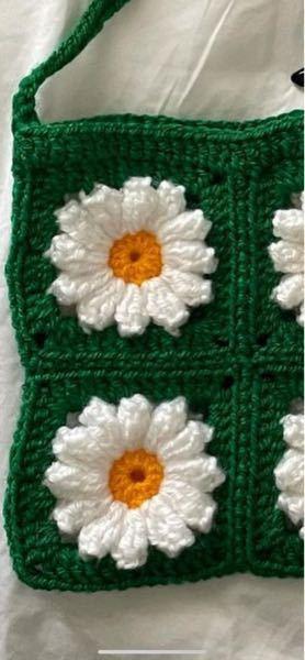 この花びらが長いお花のモチーフを作りたいのですが、花びらの部分の編み図がわかりません。 誰か教えていただけませんか?