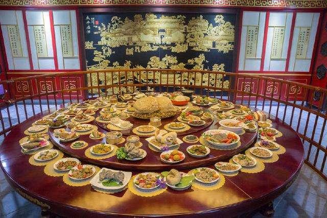 ハーフの昼食に満漢全席はありですか?