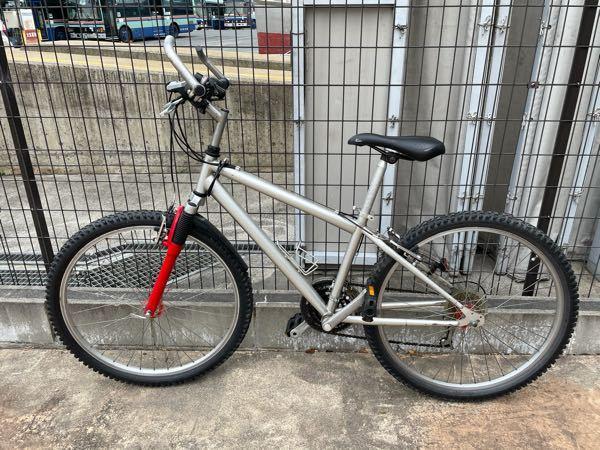 知人から自転車を譲り受けました。 値段、価値は、いくらくらいのものでしょうか?よろしくお願いします。
