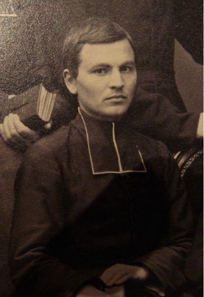 ものすごく不謹慎な質問になりますが、19世紀に殉教した宣教師のピエール・アンリ・ドリエって俳優のジョニー・デップに似ていると思いませんか?