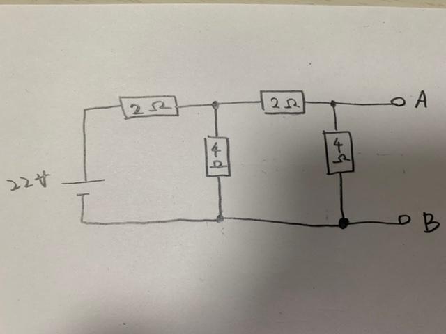 次の問題の解き方と解答が分かりません。どなたか教えて頂けないでしょうか。 (1)端子ABから見たテナブン等価電圧の値 (2)端子ABから見たテナブン等価抵抗の値 (3)端子ABから見たノートン等価電流の値 (4)端子ABから見たノートン等価抵抗の値