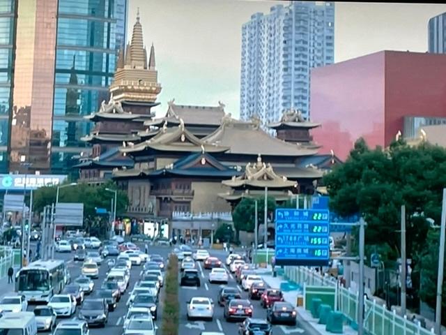 この建物の名前教えて頂けますか? 場所は不明ですが、時々中国ドラマで出てくるので気になってます。 いろんなドラマで出てくるくらいだから、有名な場所なのですよね…? どうぞ宜しくお願いします。