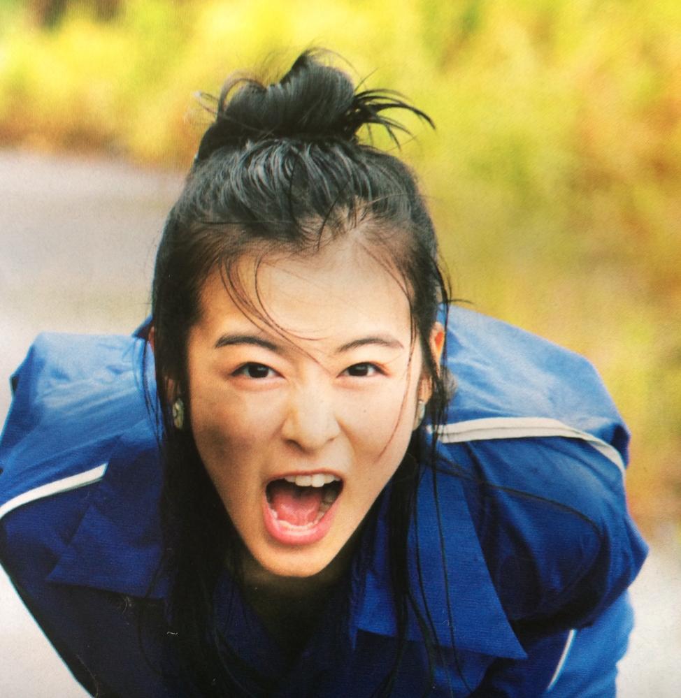 一気にトップ女優へ駆け上ると見られていた森七菜ですが雲行きが怪しくなってきましたか? このまま能年玲奈ルートをたどってしまうのかな、もったいない。