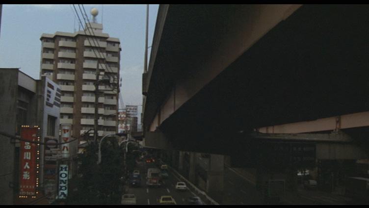 これは、映画「地震列島」でロケに使われた世田谷区内の場所だそうですが、どこの場所か分かりますか?