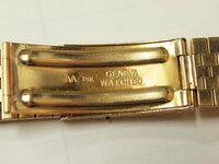 この金無垢の腕時計のベルトはどこの製品か教えていただけませんでしょうか!  時計のベルトの刻印は『AA 18K GENEVA WATCHCO』とあるのですが  よろしくお願いいたします。