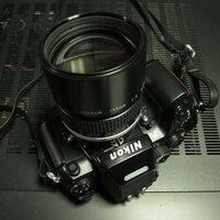 花が綺麗に撮れるカラーフィルムを教えてください。 使用するカメラらは、ニコンF4、FM3a、EL2で、レンズはニッコールAI 85mm F1.4S、AI135mmF2Sです。  発色、コントラスト等、教えていただけたら幸いです...