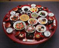 唐揚げって好きですか 最近どうも脂っこいものがだめなんですよ。この前なんか風邪でゲーゲー 吐いてしまいました。やっぱり唐揚げなど揚げ物は若者の専売特許ですか?  http://wpb.shueisha.co.jp/2012/01/04...