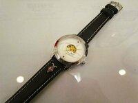 ●まどか☆マギカ展の限定商品らしいのですが・・ HP・ブログによるレポートなどで調べましたが、、ご存知の方・御願いします。 ●まどか☆マギカ展の限定商品らしいのですが・・ HPなどで調べましたが、、この時計の...