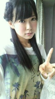 ヘアスタイル、ヘアアレンジ  NMB48ナギイチPVの渡辺美優紀ちゃんの髪型がすごく可愛いのでやってみたいです。  この髪型はどうやっているのか分かりますか?