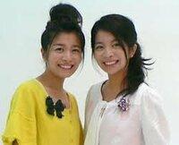 双子で女優の三倉茉奈さん、三倉佳奈さんあなたはどちらが好きですか?   左側が茉奈さん右が佳奈さんです