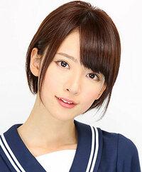 乃木坂46の橋本奈々未ちゃんについてですが、彼女はショートヘアがものすごく似合いますよね?彼女はかっこいい顔立ちにも見えるし、美人な顔立ちにも見えますよね。もしファンの方いましたら 彼女についてどう...