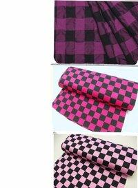 相葉雅紀さんのコンサート衣装のHelloGoodbyeを作ろうと思うのですが、シャツとズボンのチェック柄をこの3種類見つけたのですがどれが1番近いと思いますか? あとこれらより似たものがあったら教えてください。