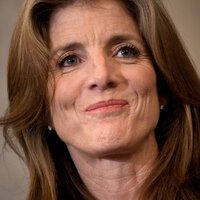 キャロラインケネディ新駐日大使はまだ55歳なのになんでシワだらけなのですか?