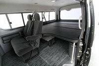 ユーアイ・ビークルのベッドキット 申し訳ありません。 ユーアイ・ビークルのベッドキットについて質問いたします。  画像のベッドキットはハイエース200系ワゴンS-GLの マルチウェイワゴンベットキットで...