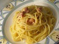 夕飯パスタです。パスタは何がお好きですか?