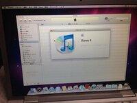 オフラインで、初代MacBook ProのiTunes8でiPhone5の同期の仕方を教えてください。 どうしてもやり方がわかりません(*_*)  可能な限り詳しくお願いします。