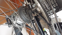 電動アシスト自転車 後輪タイヤ交換 このタイプの変速機はどのようにはずすのでしょうか?  回答お願いします。