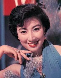 ミス日本とミスユニバ-スではどちらが美人なのでしょうか?  男女問わず、あなたの思うように回答してください。