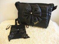 このキャリーバッグの、メーカーと名前、出来ればお値段を教えて頂けると幸いです。