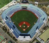 サンテレビって何処の球場にも神出鬼没ではあるんでしょうか?。 7月13日に三重テレビナイターでヤクルトvs阪神を中継予定なんですが、 この試合は神宮球場だけどサンテレビでしょ?。