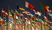 緑色の国旗と言えば…  僕はサウディアラビア、昔のカダフィー時代のリビア、イタリアかな。