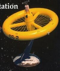 """宇宙ステーション  グレンコ1/300原子力宇宙ステーション この1950年代後半に発売され、現在復刻版になって発売されている、グレンコ1/300 原子力宇宙ステーションを製作された方がおられましたら、このプラモデルの """"出来"""" の感想はどんなものでしょうか?  やっぱり今から60年前のプラモデルだけに、完全なオモチャ感覚のプラモデルですか?  直径約20cmです。"""