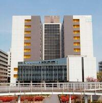 愛知県名古屋市昭和区御器所町に本部を置く日本の国立大学の名古屋工業大学。    愛知県在住のみなさまに質問です。  愛知県で名工大に通学していると聞くとやはりいいのでしょうか。