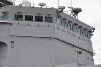 護衛艦の防御力についての質問です。 昨今の軍艦はミサイルの時代に入ってから装甲を持たないことで有名ですが、海賊対処などでは外側に防弾板を設けなければならないほど近接火器に対する防護力が不足していると...