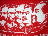 史上最大の社会主義国家であった『ソビエト社会主義共和国連邦』ですが、今までの最高指導者の中で、一番貢献した人と、しなかった人は誰ですか? 【自分の予想】 一番、貢献した人:スターリン(世界戦争で、ドイツを倒した!) 一番、貢献しなかった人:ゴルバチョフ(偉大なソビエトを、崩壊させた為)  こんな感じで、書いてください。