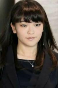 幸福の科学方に質問です。 大川隆法総裁の娘の沙也加さんは天照大御神の生まれ変わりと言われてますが 私は 眞子様のほうがそれっぽいと思いますが、皆さんはどのように思われますか?  いくらなんでも 眞子様が...